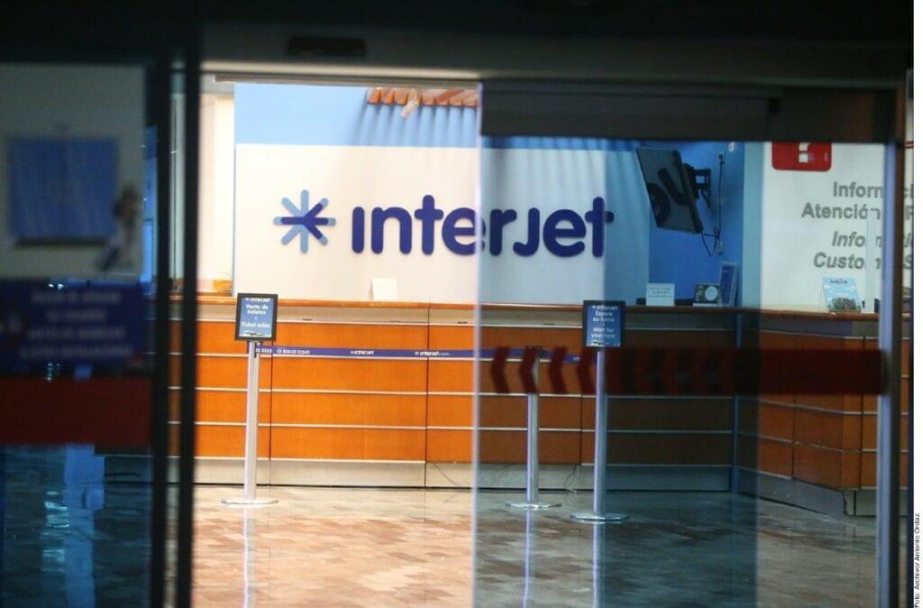 """Interjet avisó a sus empleados las cancelaciones argumentando """"necesidades operacionales""""."""