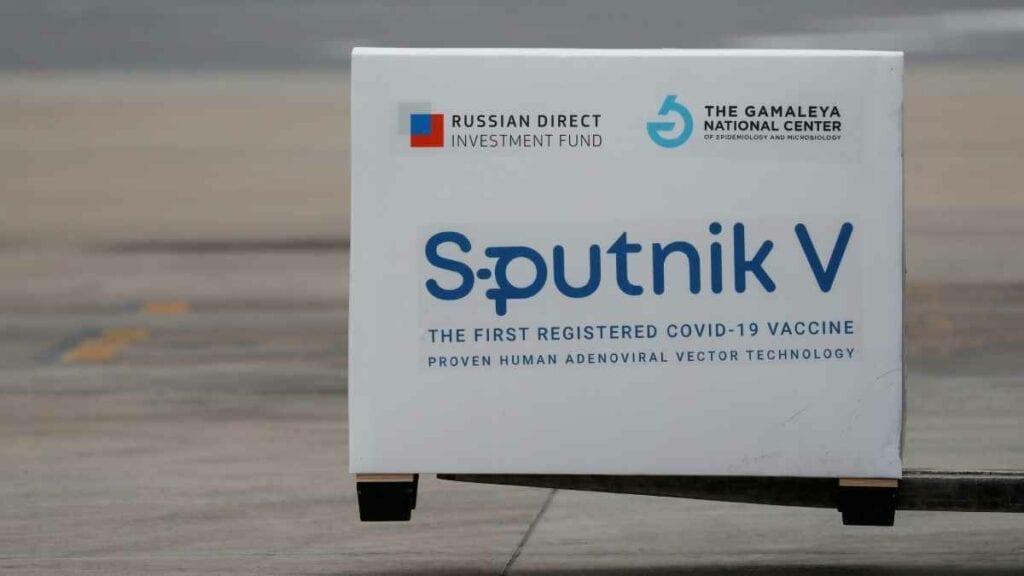Vacuna Sputnik V, aprobada por la Cofepris