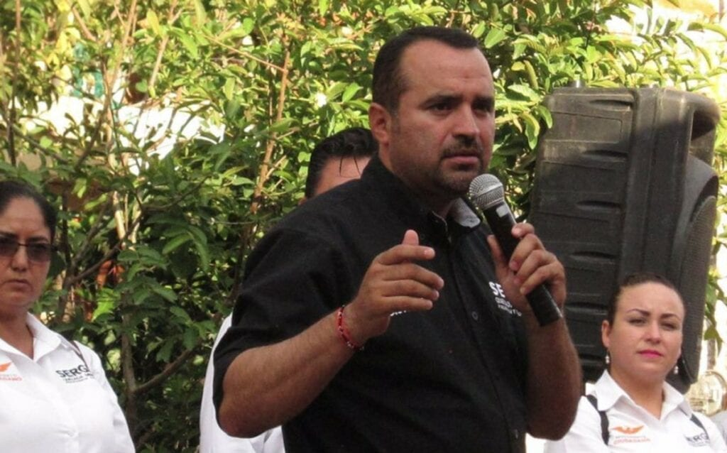 Sergio Quezada Mendoza, alcalde de Tototlán, Jalisco presentó su renuncia al cargo, tras acosar sexualmente a Diana, una empleada del municipio, quien había acudido con el funcionario a presentar una denuncia por hostigamiento sexual por parte de otro empleado