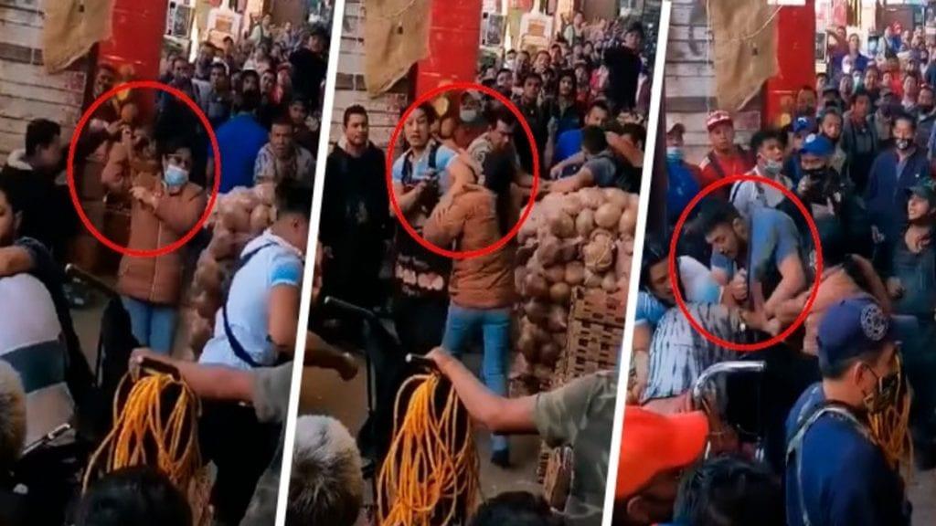 En las redes sociales se difundió el video de#LadyCinturonazos, quien repartió golpes en laCentral de Abasto de Toluca, Estado de México.