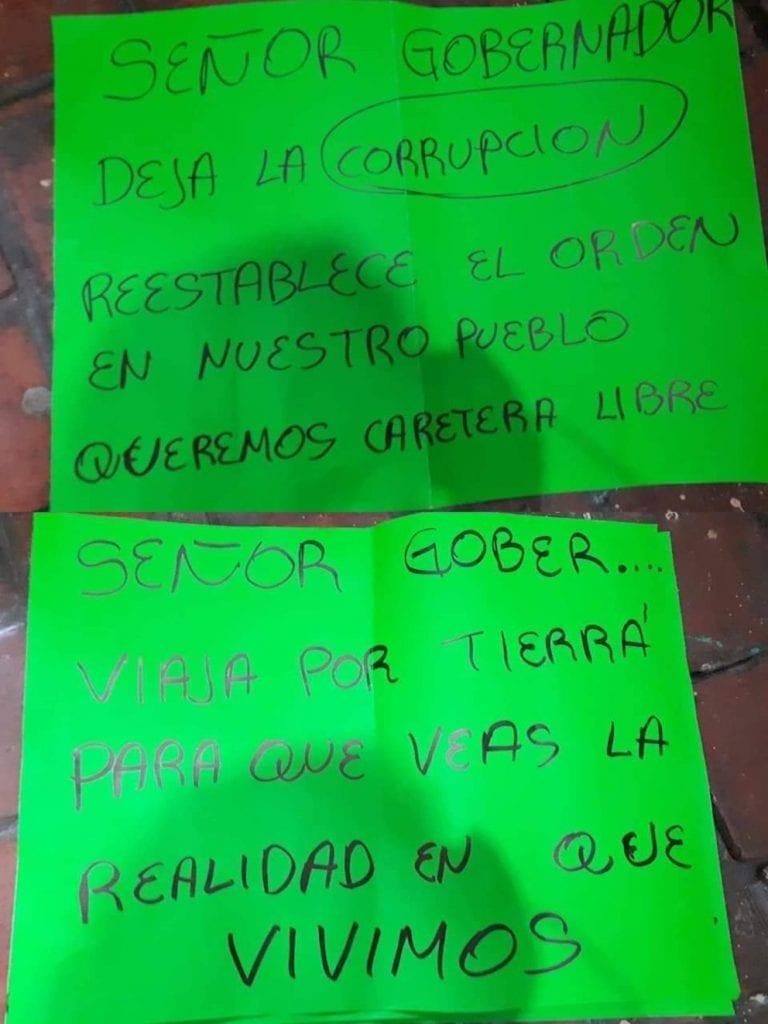 Silvano Aureoles Conejo, Gobernador de Michoacán, discutió con un habitante delmunicipio de Aguililla, al que empujó tras una serie de dimes y diretes.