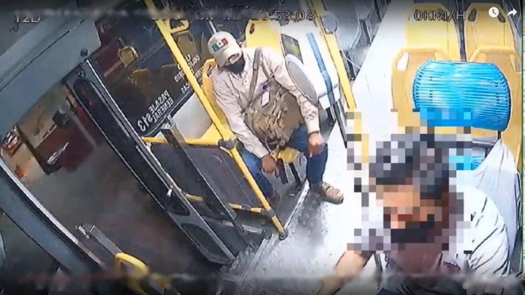 Video Chófer de camión frustra asalto