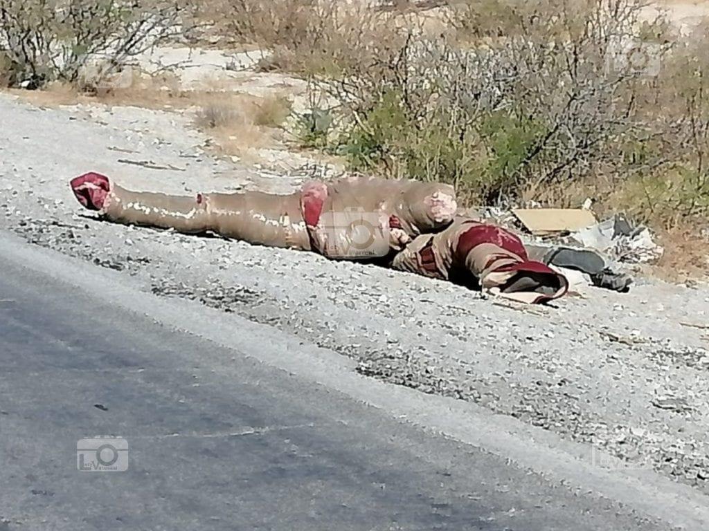 Fueron localizados tres cadáveres encobijados sobre la carretera que conduce a los municipios de Janos y Casas Grandes, en Chihuahua; hasta el momento las víctimas permanecen en calidad de desconocidas.