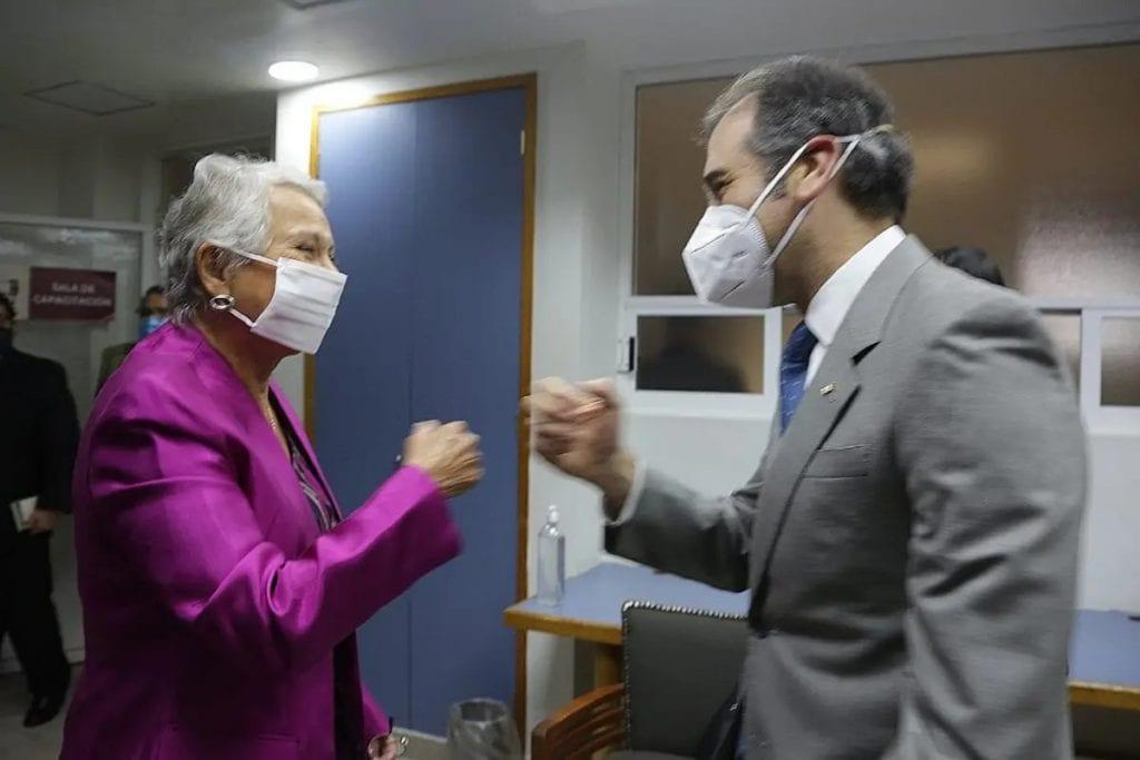 La Secretaria de Gobernación, Olga Sánchez Cordero, aseguró que la neutralidad no sólo compete a los Gobiernos, también a las autoridades electorales y urgió también a la discreción.