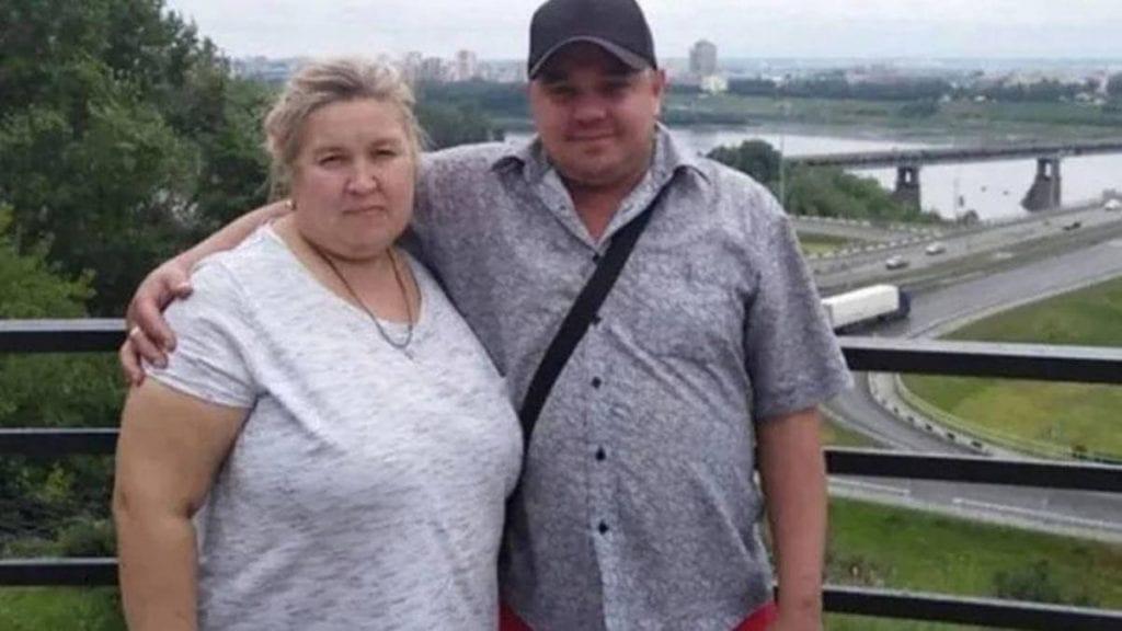 Una mujer que pesaba más de 100 kilos mató a un hombre, su esposo, tras sentarse arriba de su cara y asfixiarlo con sus glúteos.