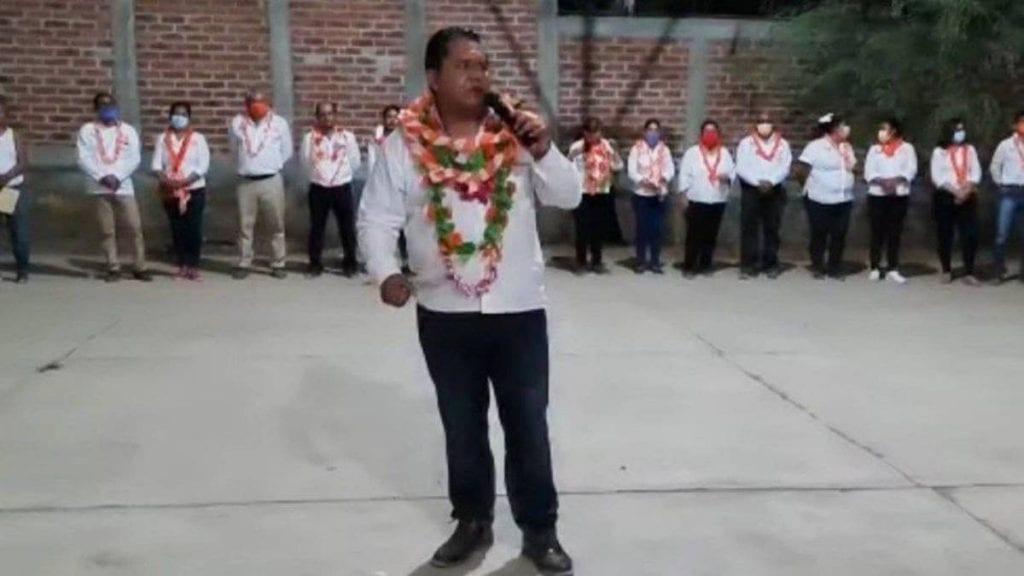 Personas armadas irrumpieron a balazos el mitin deErik Ulises Ramírez Crespo, candidatoa presidente municipal de Cocula, Guerrero, por Movimiento Ciudadano (MC).
