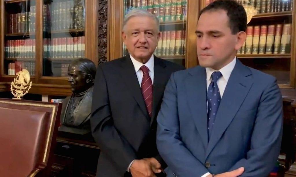 Arturo Herrera y AMLO.