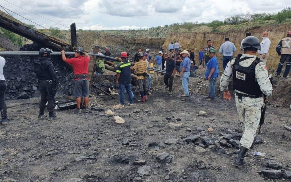 La Coordinación Nacional de Protección Civil (CNPC) de México confirmó, a través de su cuenta de Twitter, la localización del cuerpo sin vida de uno de los mineros atrapados en la mina Micarán que se localiza en el ejido Rancherías del municipio de Muzquiz en Coahuila.
