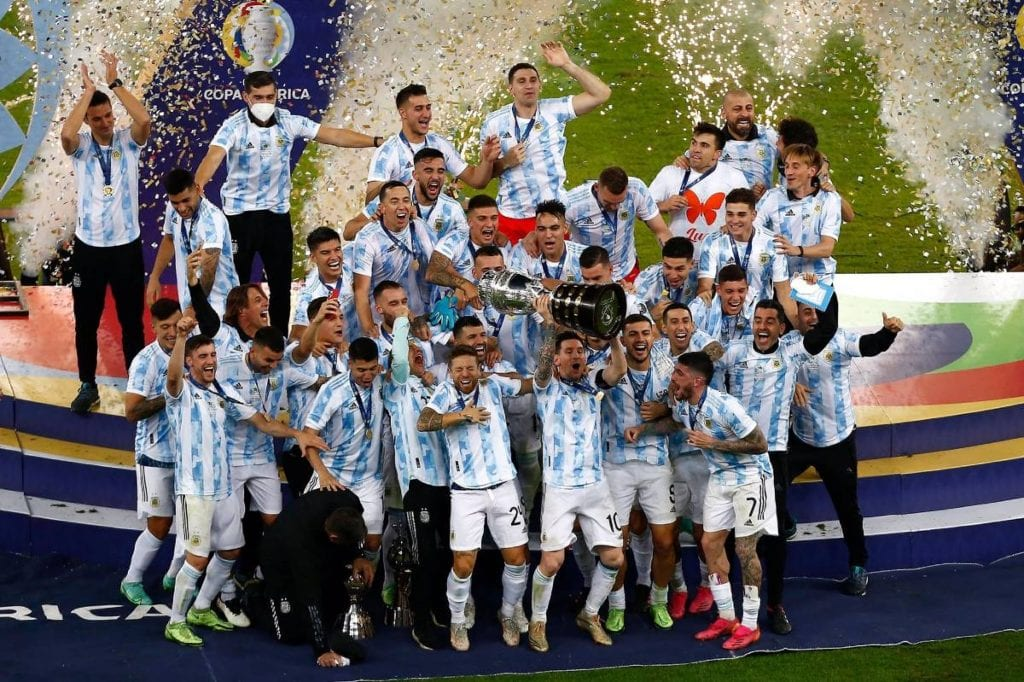 Argentina venció este sábado 1-0 a Brasil en la final de la Copa América, en partido disputado en el estadio Maracaná de Río de Janeiro, Brasil.