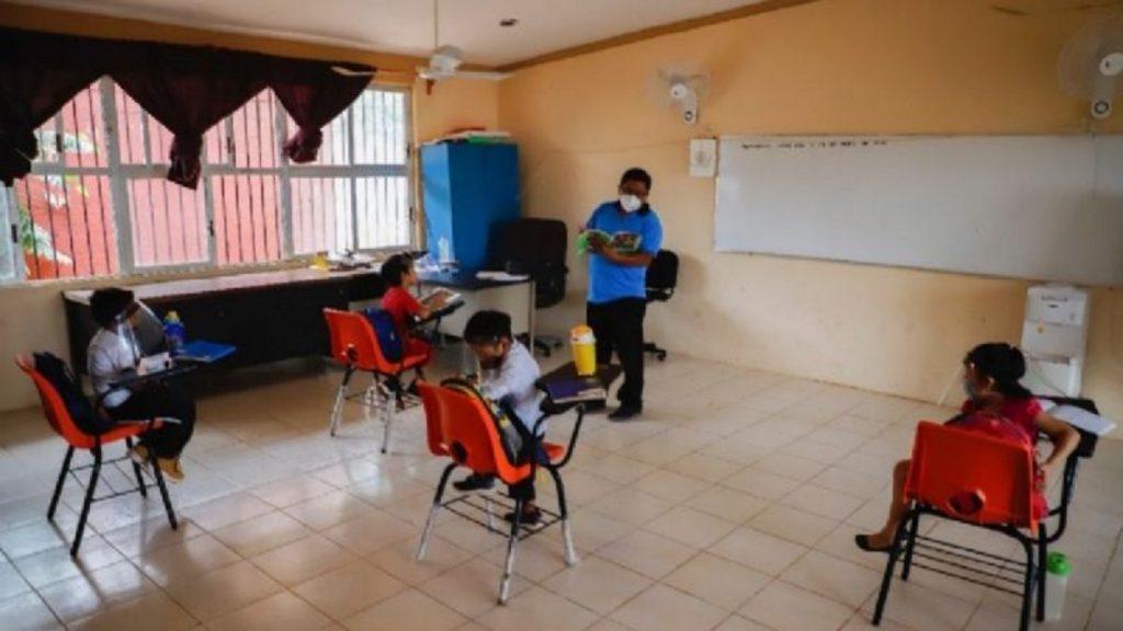 escuela-regreso-clases-covid-agua-potable