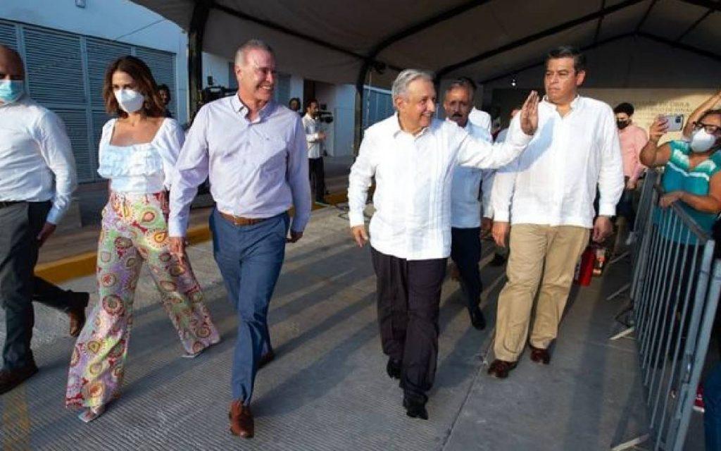 El gobernador de Sinaloa,Quirino Ordaz, se incorporará al gabinetedel presidente Andrés Manuel López Obrador, anunció el Ejecutivo federal desde Culiacán.