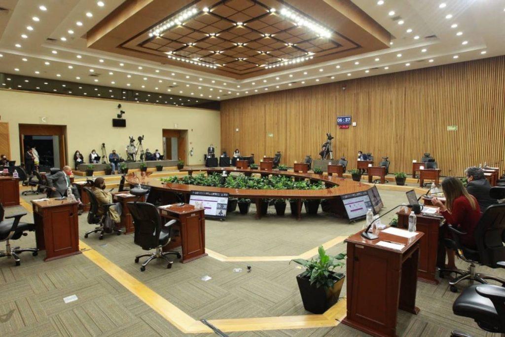 Instituto Nacional Electoral (INE) informó que este viernes comenzó el registro de las personas o grupos que deseen constituirse como promoventes de la recopilación de firmas de apoyo de la